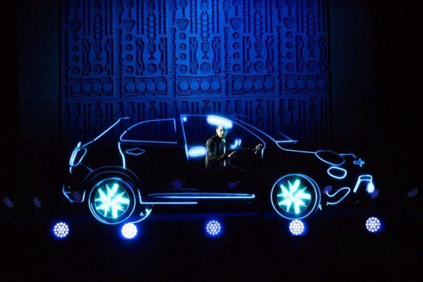 150128_Fiat_Dynamo-Fiat-500X-show-Londra_03