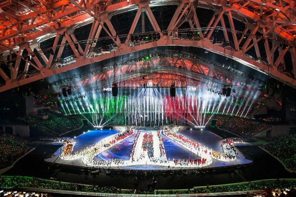 balich-bws-sochi-2014-olympic-closing-ceremony-stage-design-1200x800